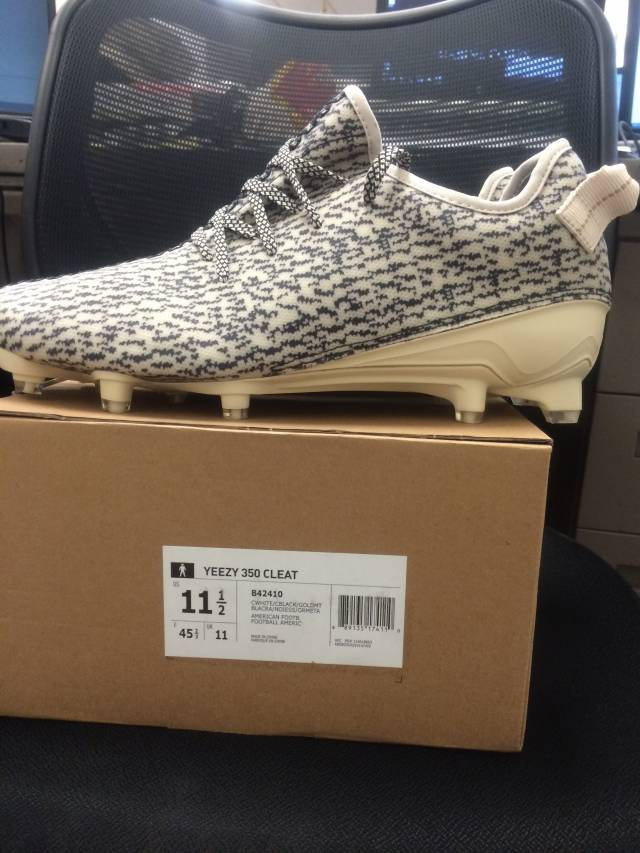 Brand New Adidas Yeezy 350 Cleats 2016 Size 12 DS RARE NFL