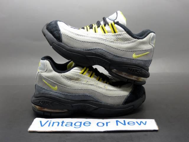 Nike Air Max  95 Black Grey Tour Yellow Running 2014 sz 9C  334dcbf2c35a