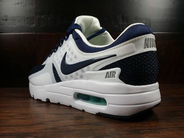 b25ed8e15e73 Nike Air Max Zero QS (White Mid Navy Hyper Jade) Size 5