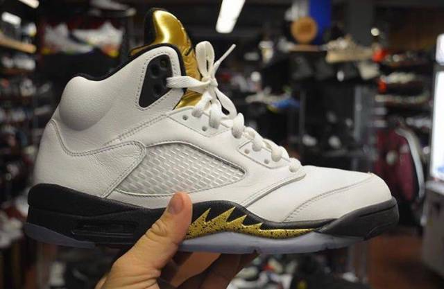 Jordan 5 Olympic gold size 10 pre owned