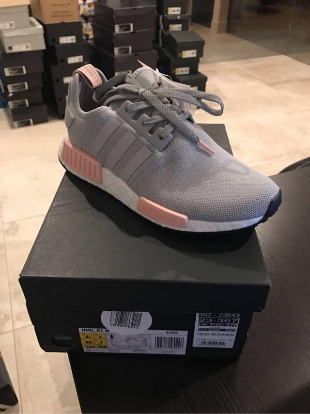 57ed25ccb0808 Nmd R1 clear onix vapour pink