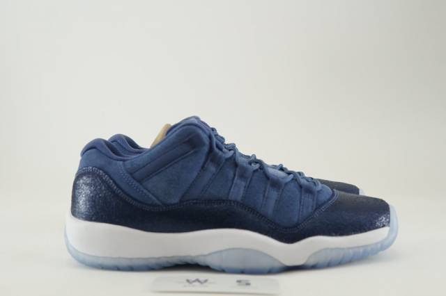 13ba62ef0403 AIR JORDAN 11 RETRO LOW GG