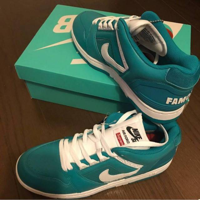 f2a059ba9d38 Supreme x Nike SB Air Force 2 New Emerald