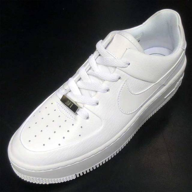 Nike Wmns Air Force 1 Sage Low White