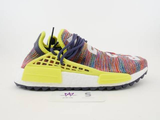 buy online 63b28 30b94 Pharrell X Adidas Nmd Hu Trail Multicolor