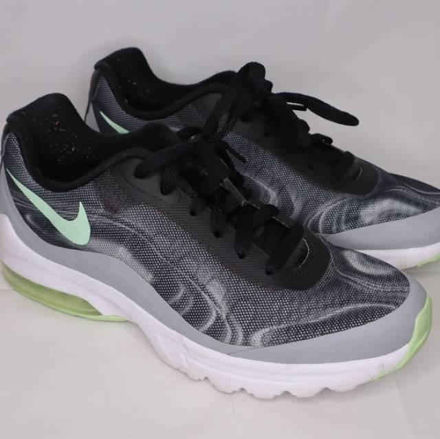 buy popular 749a7 fdddc Nike Women's Air Max Invigor Print Running shoes   Kixify Marketplace