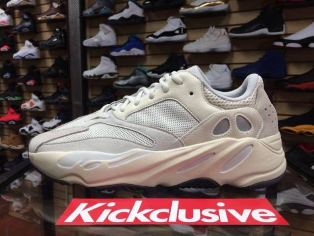 sneakers for cheap 64fb3 d3a59 Adidas Yeezy Boost 700 Analog