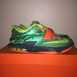 Kd 7 weatherman size 6y