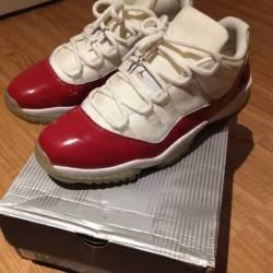 Jordan 11 cherry low 2001