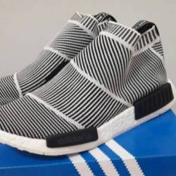 HOW TO CLEAN WHITE ADIDAS NMD (EASY WAY) !!!