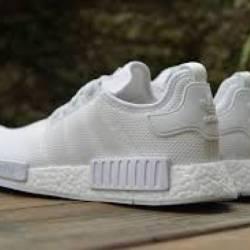 Adidas nmd r1 monochrome white