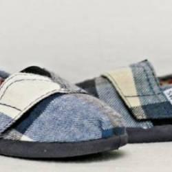 Toms tiny classics blue plaid ...
