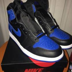 Royal blue jordan 1s