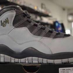 Jordan 10 london size 8.5 pre ...