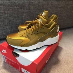 Nike huarache bronze