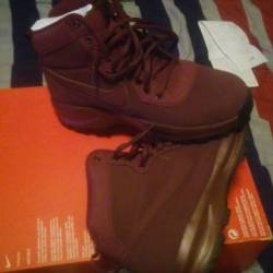 Nike boot sz 10.5 suede cloth ...