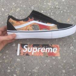 Supreme old skool vans blood a...