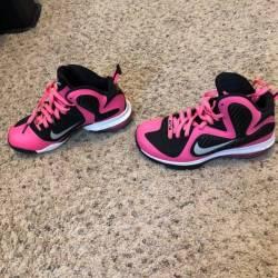 Pink lebron 9