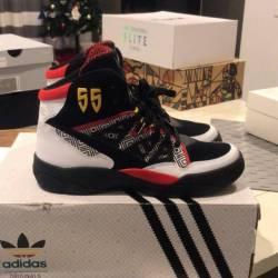 1d9309fa9acf  150.00 Adidas mutombo - og retro