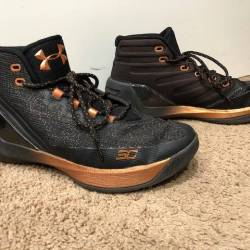 3d422c6d9a91 BUY Under Armour Curry 3 Chinese New Year