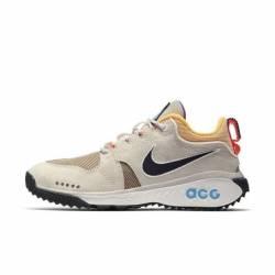 Nike acg beige trainers