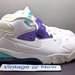 Nike air force max white ultra...