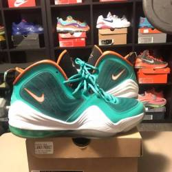 Nike air penny v dolphins size...