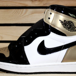 Air jordan retro 1 patent gold...