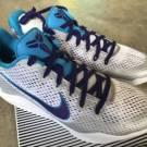 Nike Kobe XI White Court Purple Blue Lagoon Sz 10 NIB